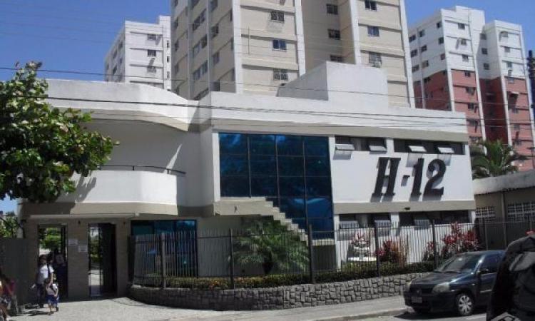 Apartamento com 3 Quartos à Venda, 120 m² por R$ 280.000