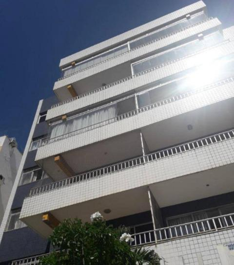 Apartamento com 3 Quartos à Venda, 136 m² por R$ 490.000