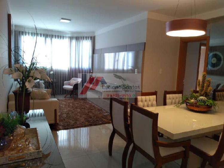 Apartamento com 3 Quartos à Venda, 89 m² por R$ 320.000