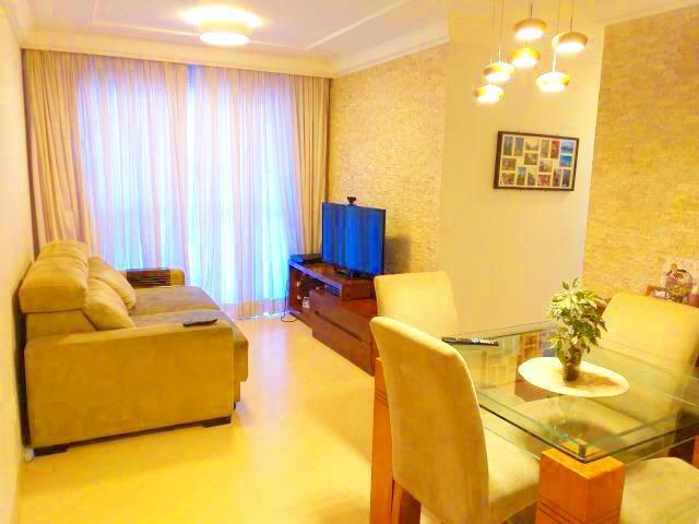 Apartamento com 3 Quartos à Venda, 89 m² por R$ 645.000