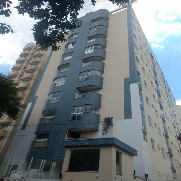 Apartamento com 3 Quartos à Venda, 92 m² por R$ 625.000