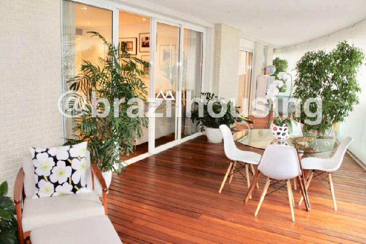 Apartamento com 4 Quartos para Alugar, 281 m² por R$