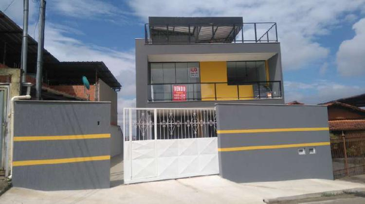 Casa com 3 Quartos para Alugar, 150 m² por R$ 1.200/Mês