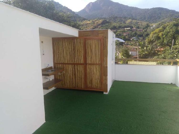 Casa de Condomínio com 2 Quartos para Alugar, 90 m² por R$