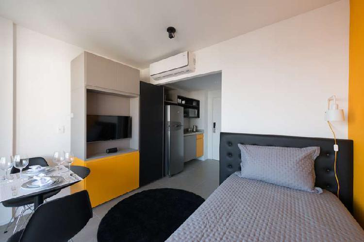 Flat com 1 Quarto para Alugar, 30 m² por R$ 2.600/Mês COD.