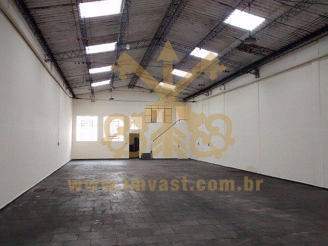 Galpão/Depósito/Armazém para Alugar, 320 m² por R$
