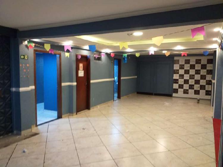 Imóvel Comercial para Alugar, 570 m² por R$ 16.000/Mês