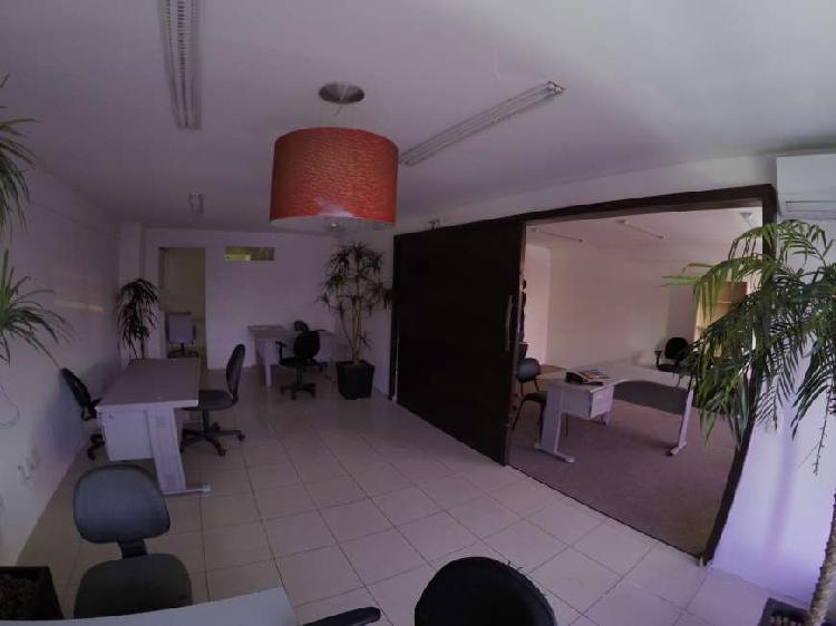 Loja Comercial para Alugar, 64 m² por R$ 2.200/Mês COD.
