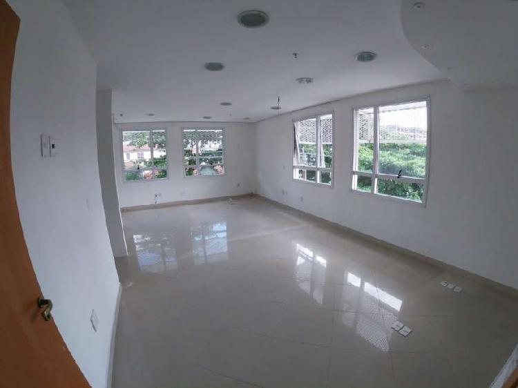 Sala Comercial para Alugar, 48 m² por R$ 1.100/Mês COD.