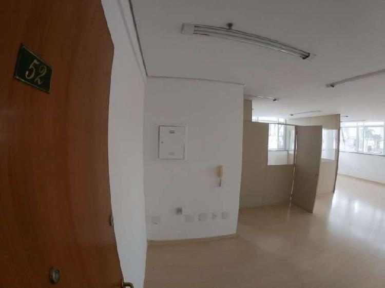 Sala Comercial para Alugar, 65 m² por R$ 1.695/Mês COD.