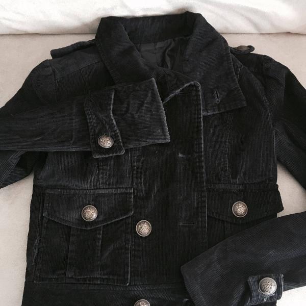 jaqueta veludo estilo militar