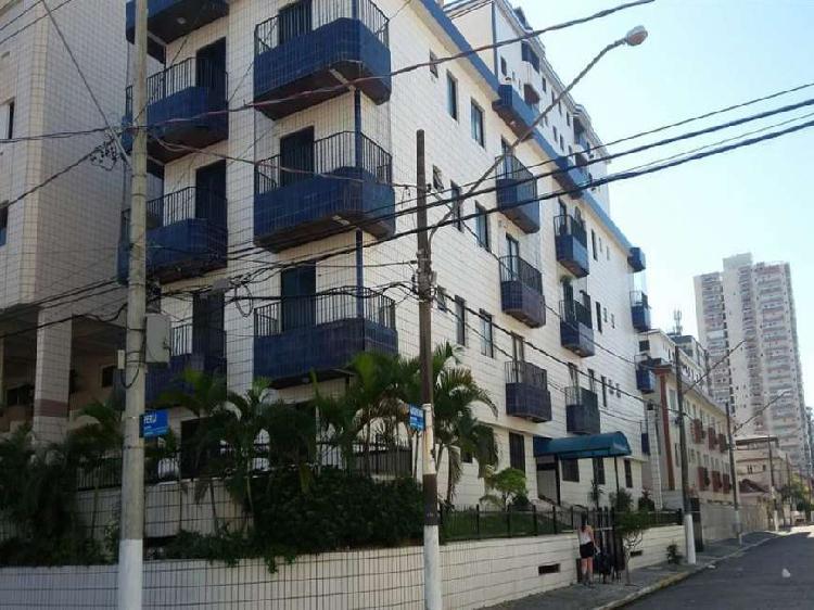 Apartamento com 1 Quarto à Venda, 50 m² por R$ 155.000