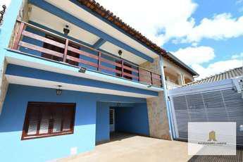 Casa com 4 quartos à venda no bairro Guara II, 202m²