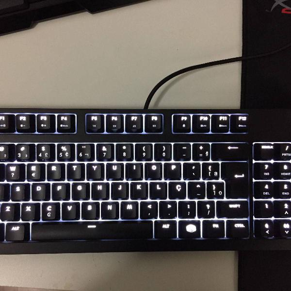 teclado mecânico gamer cooler master masterkeys pro m,