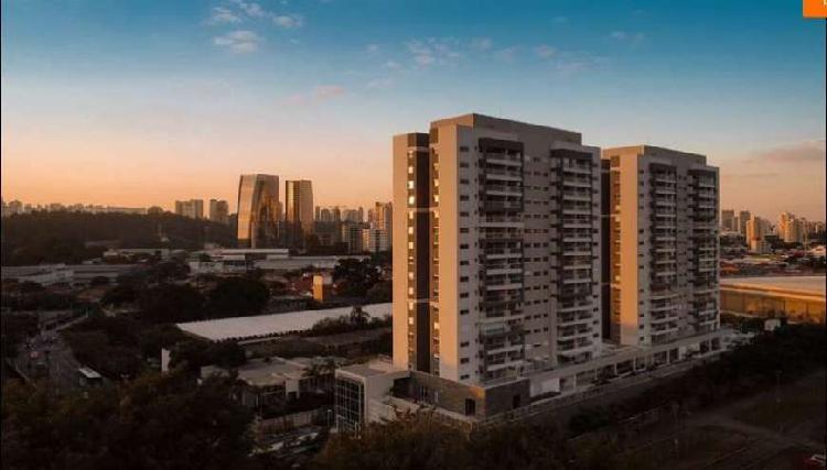 Apartamento com 3 Quartos à Venda, 92 m² por R$ 640.000