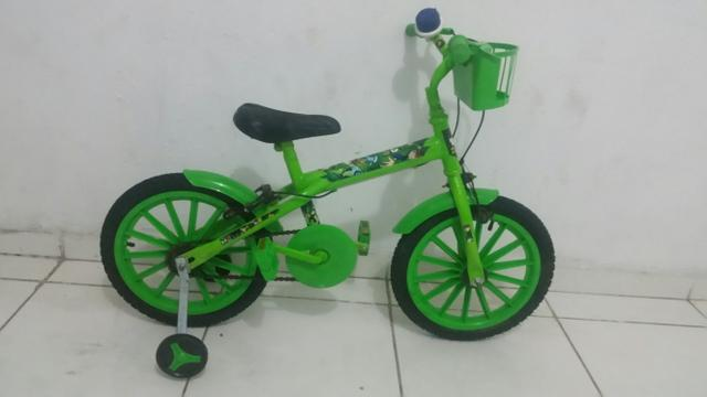 Bicicleta ben 10 aro 16
