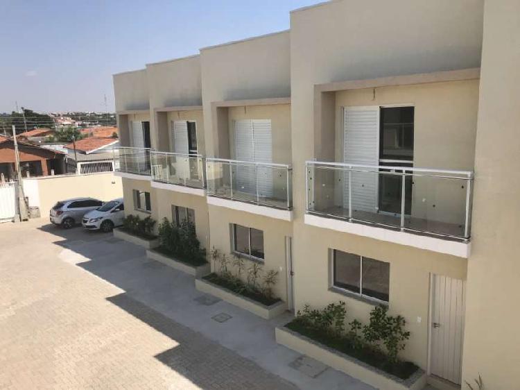 Casa de Condomínio com 2 Quartos à Venda, 72 m² por R$
