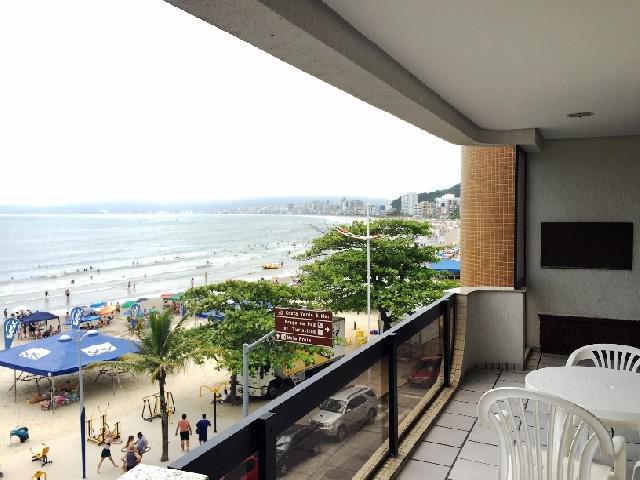 Apartamento Frente ao Mar em Itapema