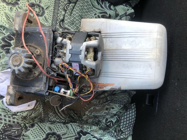 Motor de portão ROSSI DZ4