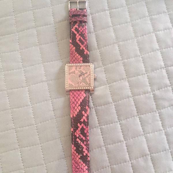 relógio guess cobra rosa