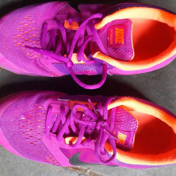 tênis corrida Nike run