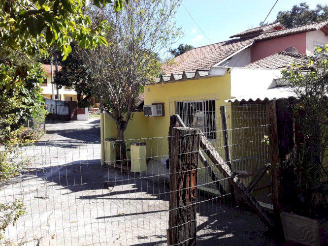 Alugo casa 01 quarto condomínio fechado na Lagoa da