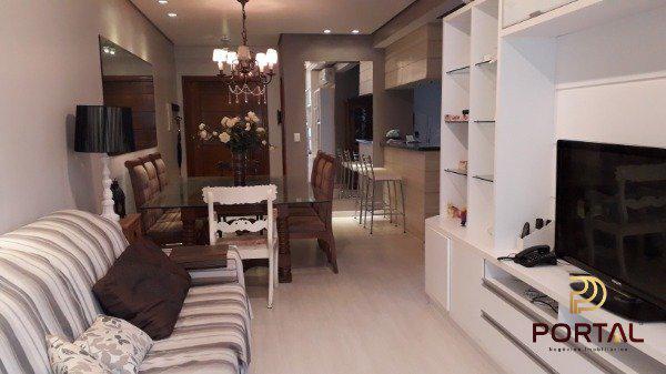 Apartamento com 3 Quartos para Alugar, 133 m² por R$