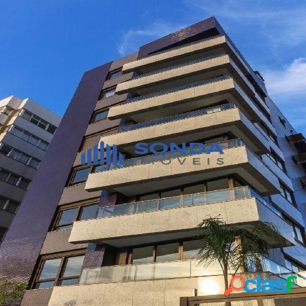 Apartamento 3 dormitórios, 3 suítes, 2 vagas. Petrópolis