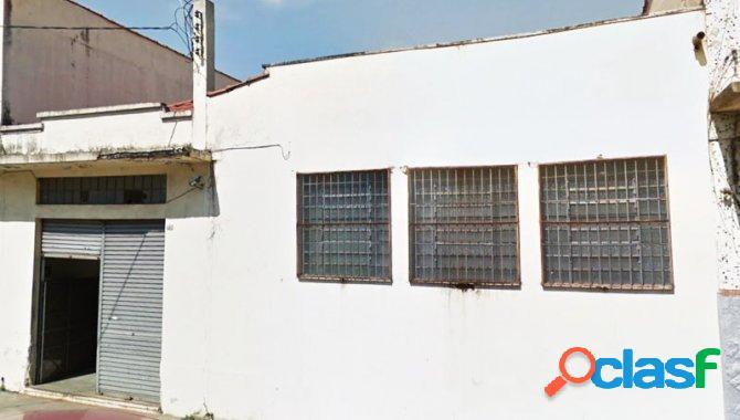 Galpão 240 m² - Brás - São Paulo - SP - LEILÃO