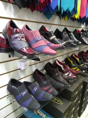 Sapatos masculinos 90 reais *