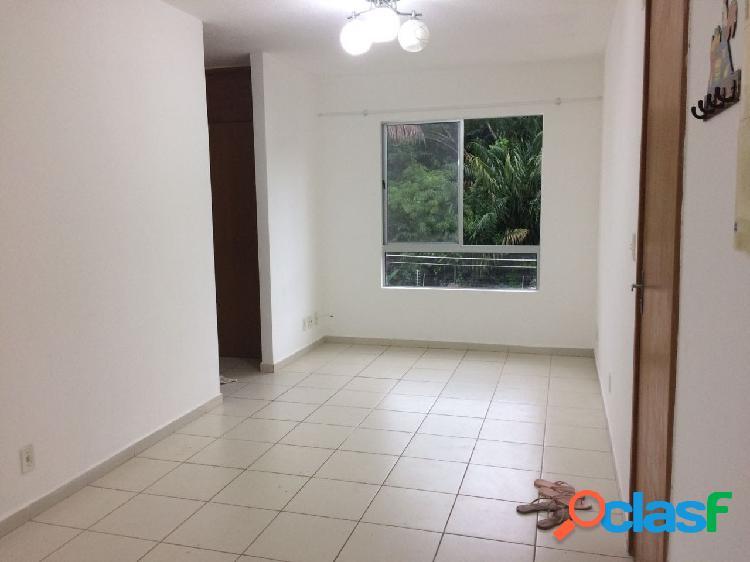 Vende-se apartamento no vila jardim orquidea Manaus -AM