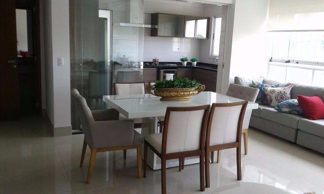 Apartamento com 3 Quartos à Venda, 98 m² por R$ 519.000