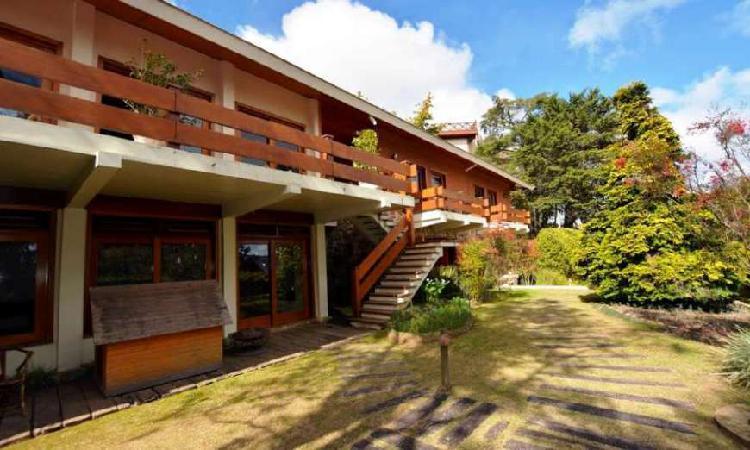 Casa com 11 Quartos à Venda, 1000 m² por R$ 1.600.000 COD.
