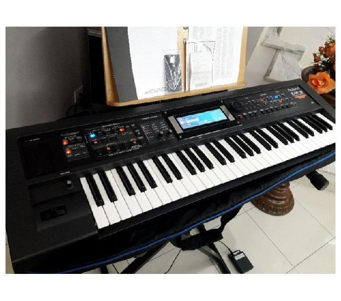 Teclado Sintetizador Arranjador Roland GW8 V2 Novo Ocasião.
