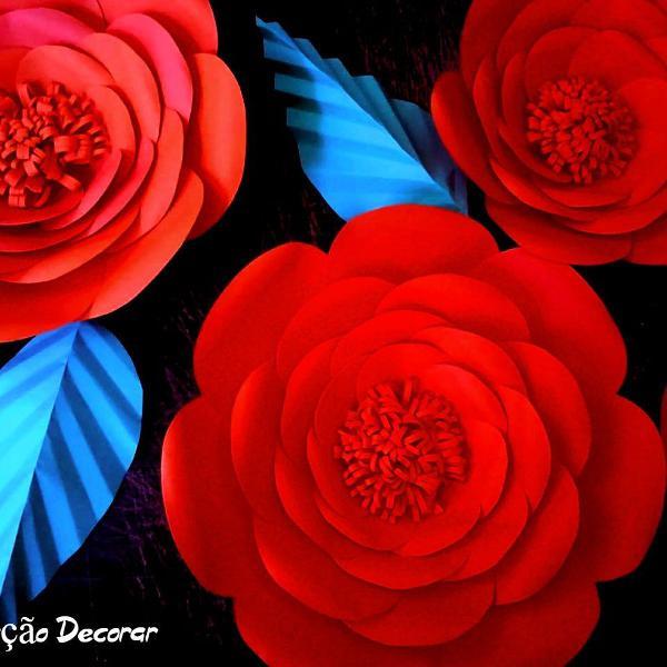 flor gigante de papel kit com 3 unidades 30cm