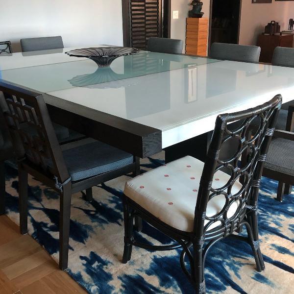 mesa grande em vidro