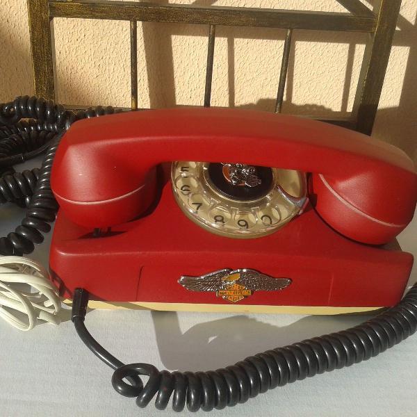 telefone de disco, retro, década de 60, restaurado em pleno