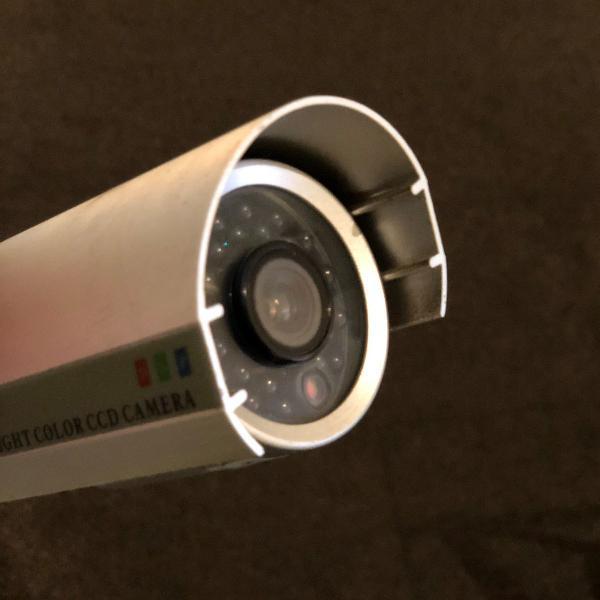 3 câmeras de segurança com visão noturna