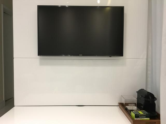 Smart TV 4K Ultra HD Samsung Série 6 LED 40 polegadas