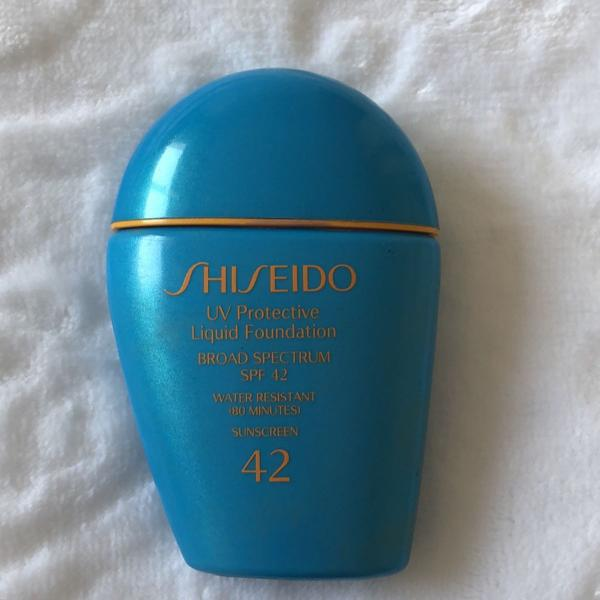 shiseido uv protective liquid foundation spf 42 medium ivory