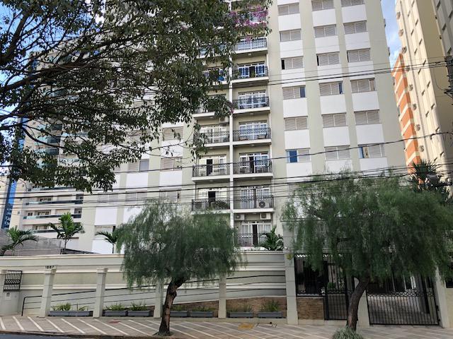 Apartamento com 3 Quartos à Venda, 115 m² por R$ 820.000