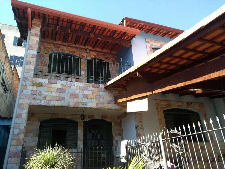 Casa, Vila Pérola, 4 Quartos, 5 Vagas, 2 Suítes