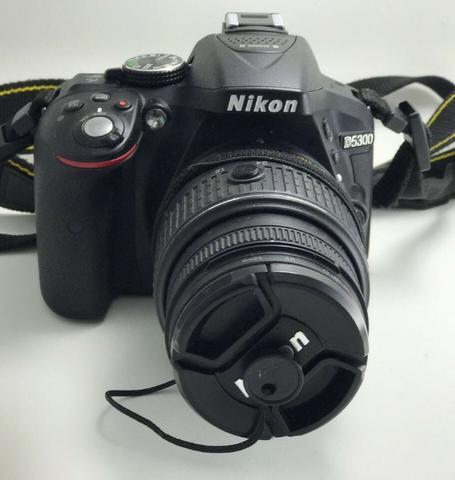Câmera Nikon D + Lente Nikon mm