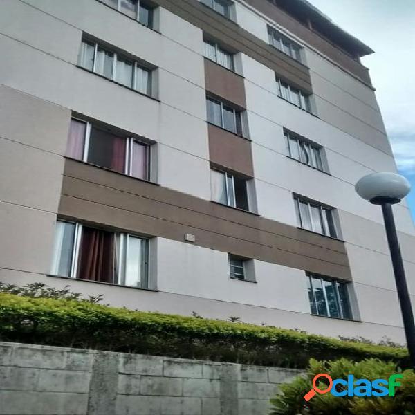 Apartamento com 2 dormitórios em Ferraz de Vasconcelos -