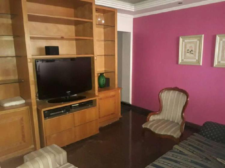 Apartamento com 3 Quartos à Venda, 100 m² por R$ 695.000