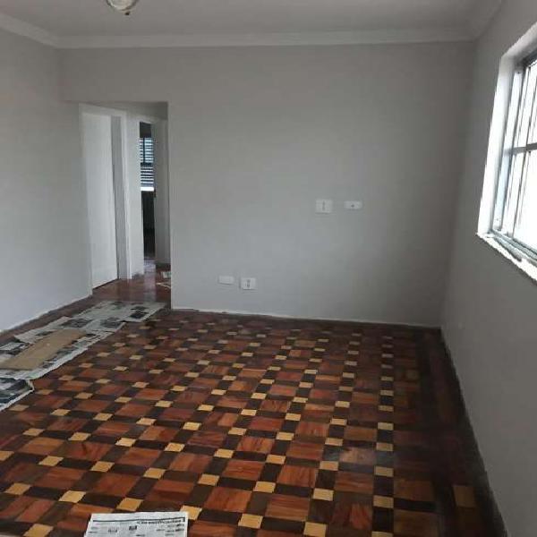 Apartamento com 3 Quartos à Venda, 83 m² por R$ 440.000