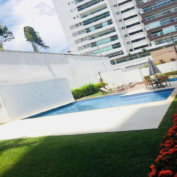 Apartamento com 3 Quartos à Venda, 92 m² por R$ 430.000