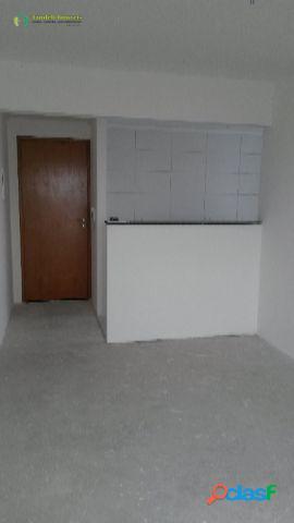 Apartamento com condomínio, 2 dormitórios, Santa Maria -