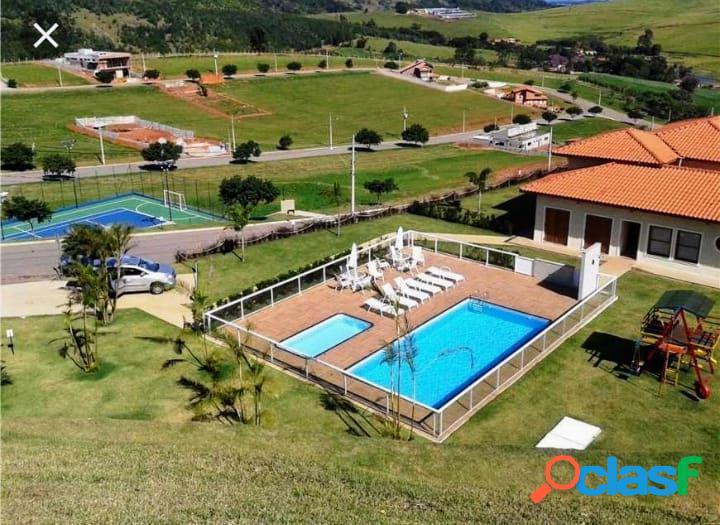 CASA TÉRREA BRAGANÇA PAULISTA COM 600M² DE TERRENO - Casa