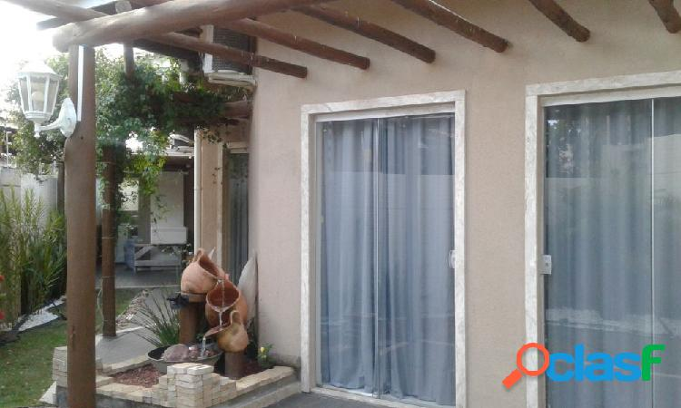 Casa Térrea Bairro Miragem - Casa a Venda no bairro Miragem